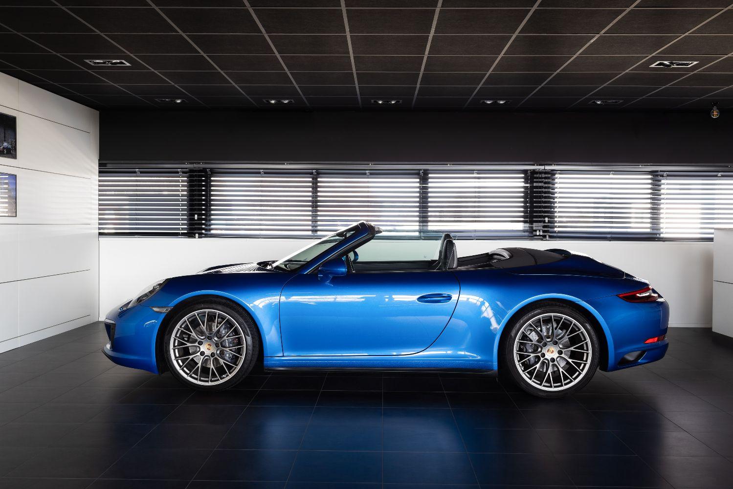 Porsche 991 Carrera 4 PDK Cabriolet Verkocht