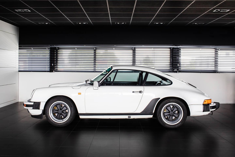 Porsche 911 3.2 coupe Nederlands geleverd